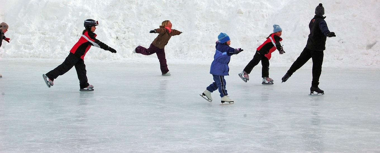 kids-ice-skating